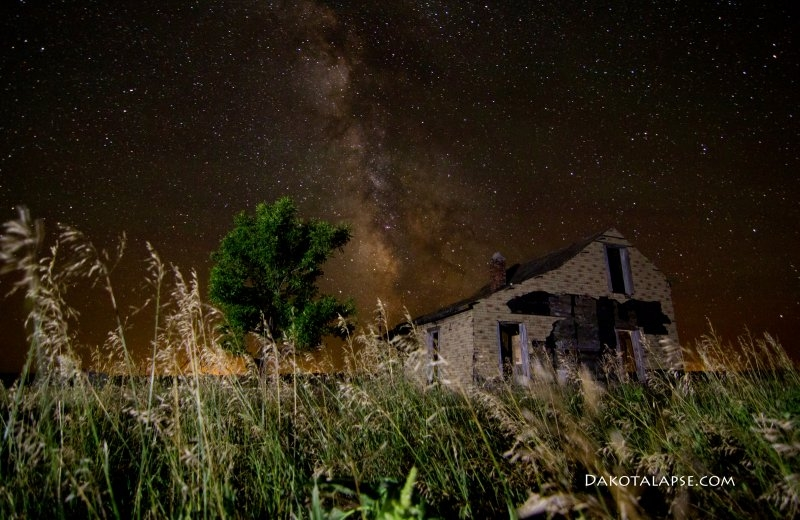 Abandoned House and Milky Way